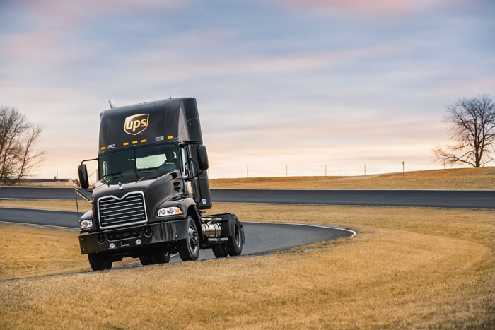 MACK® Pinnacle™ Axle Back model