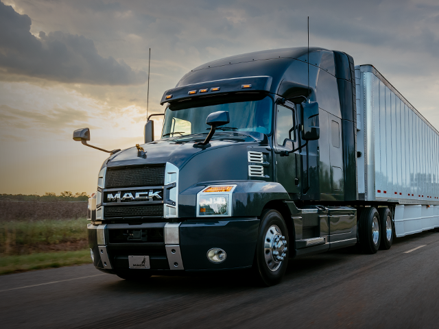 Mack Trucks For Sale >> Mack Trucks
