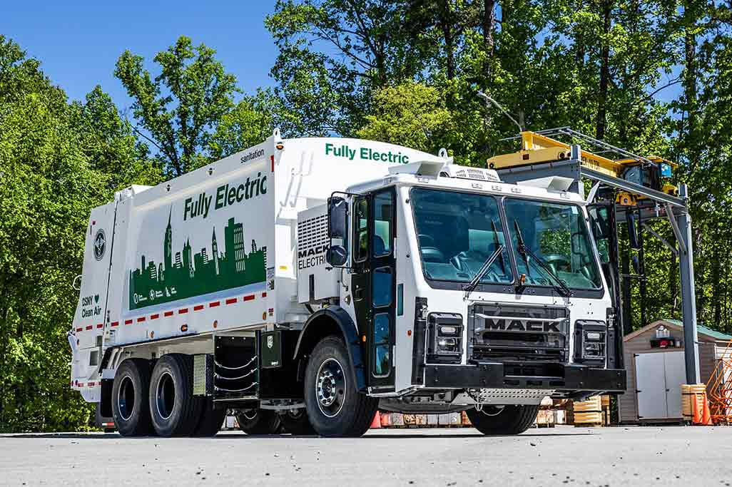 Mack LR Electric to Begin Production in 2021