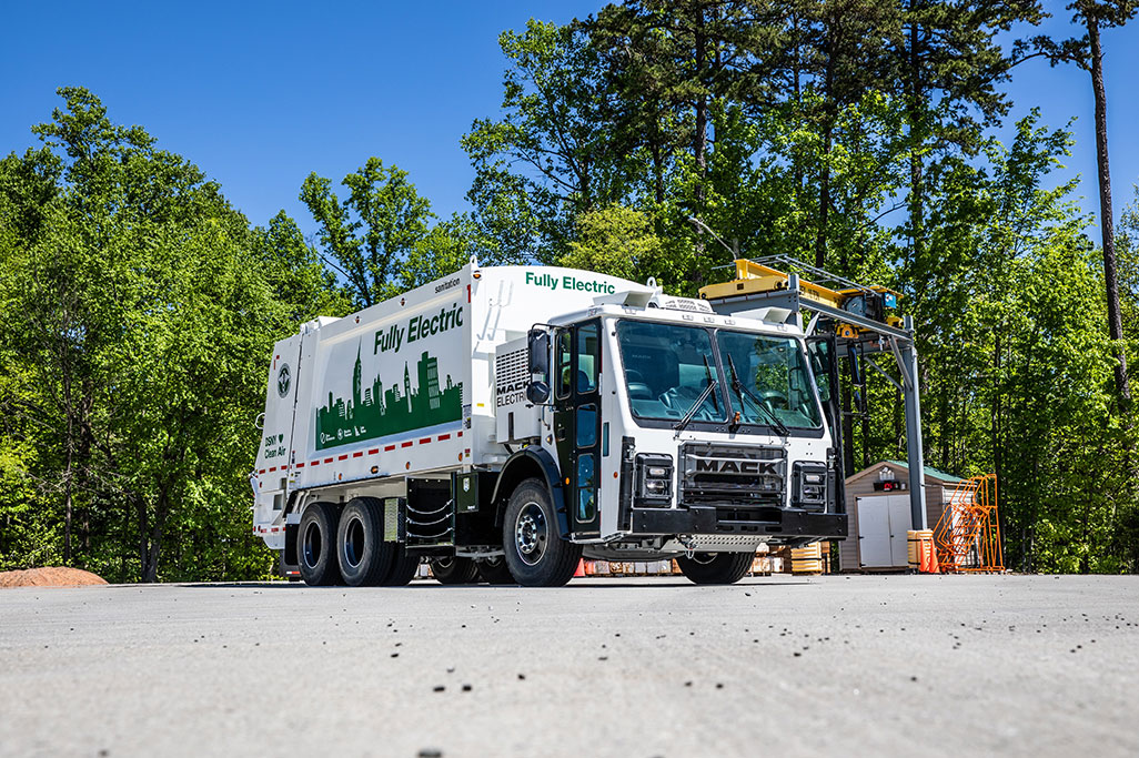 WasteExpo 2021 will experience the Mack® LR Electric