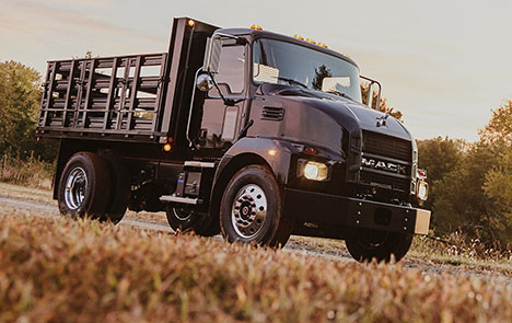 Mack Trucks Medium Duty Black Elite_Landscape