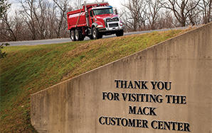Mack Customer Center